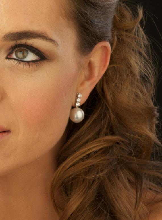 ¿Ya sabes qué joyas usarás? ¡Elige los pendientes de novia perfectos!